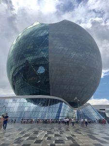 Die Kugel Kasachstans - einen Meisterstück der Architektur.