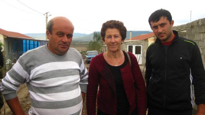 """IMG_6550 - Mit Flüchtlingen in ihren """"neuen"""" Dörfern, 2014"""