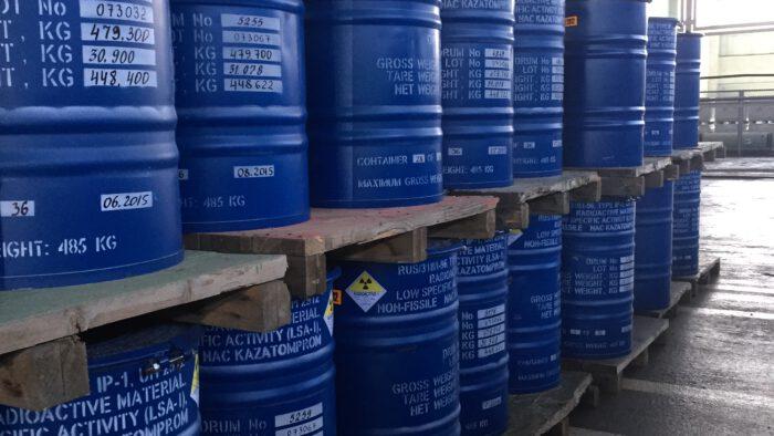 20150828085942_IMG_3336 - Fässer für Vorräte